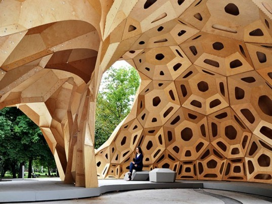 ICD/ITKE Research Pavilion 2011, temporary pavilion, wooden pavilion, student project, university of stuttgart, biomimicry