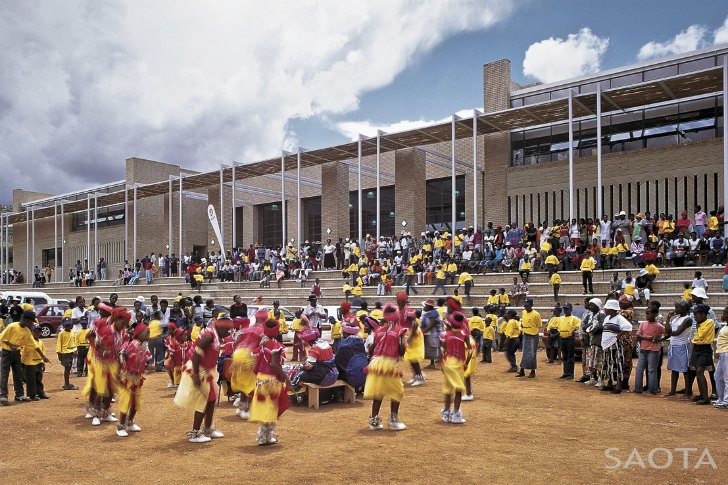 South Africa S Mankgaile Primary School Doubles As A Thriving Community Center