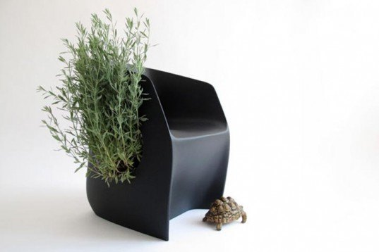 Urban farming,Recycled Materials,Modern Pets,green pets Green,Products,Green Materials,green furniture,Gardening,Botanical,biomimicry,spanish design,martin azua,recycled polyethylene chair,furniture to interact with animals