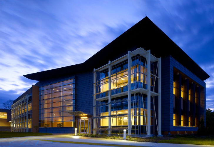 Stony Brook University's Advanced Energy Center is a High ...