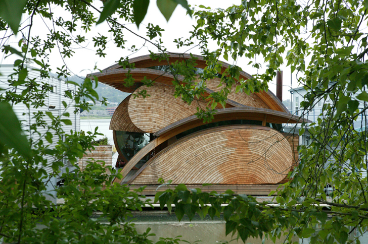 Robert Oshatz S Floating Fennell House Is A Passive