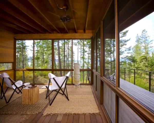 Gorgeous Flathead Lake Cabin Is A Minimalist Home For The True - Tower-house-in-texas-by-andersson-wise-architects