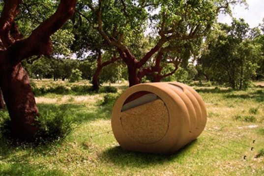 Green Products,Green Materials,cilinder tent,renewable cork,renewable cork,portuguese cork,Cork Tree House