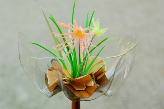 Eco Flowers, Lauren Karnitz, recycled materials, eco art, green art, flower arrangements, eco corsages