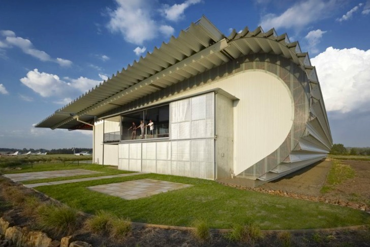 Material Efficient Plane Hangar Museum Takes Inspiration From A