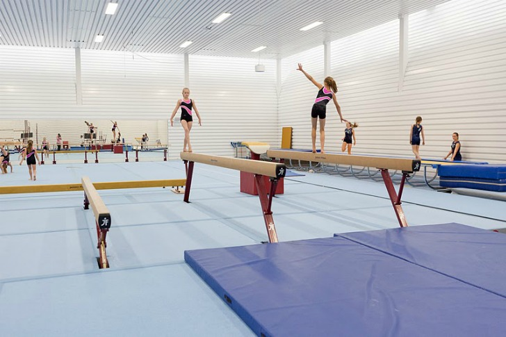 Tulip Like Gymnastics Hall In Utrecht Provides Privacy But