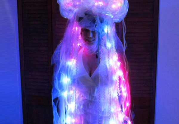 Luminous jellyfish costume is handcrafted from everyday items luminous jellyfish costume is handcrafted from everyday items solutioingenieria Gallery