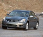 The 2013 Nissan Altima Will Have a Hybrid Engine as Powerful as the Current V6 Option