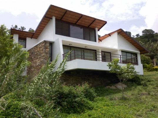 india architecture, Nagesh H D, the Jungle Lodge, Bandipur, Karnataka, India, Nilgiris Mountains, eco lodge, green lodge, green vacation, green escape, eco escape, india resorts, eco resorts, renewable energy, green energy, sustainable materials