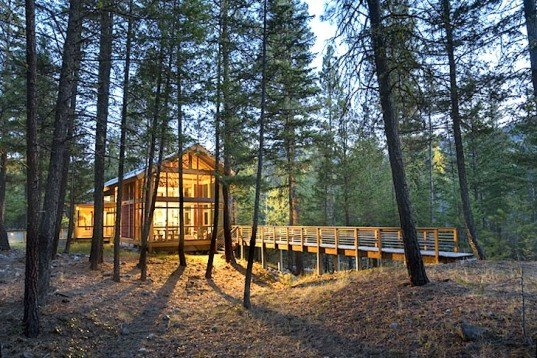 Foster Loop Cabin, Washington State, Mazama, Campground, footprint, minimalist, low environmental impact, green design, sustainable design, eco design, Balance Architects, cabin, green cabin, forest, catwalk, campground