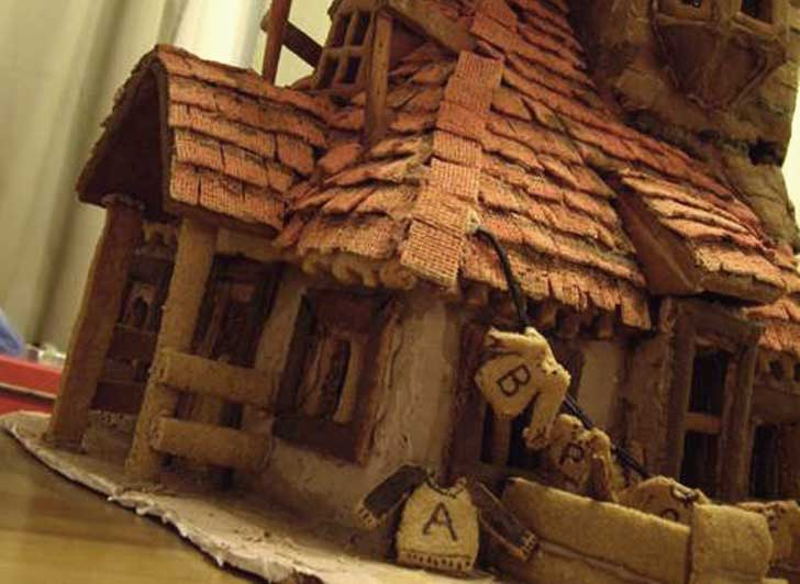 Woman Makes Harry Potter House Out of Gingerbread! | Inhabitat ...
