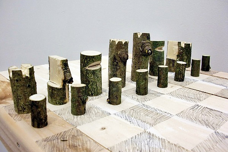 Peter Marigold S Log Chess Set Is Made From A Single Branch