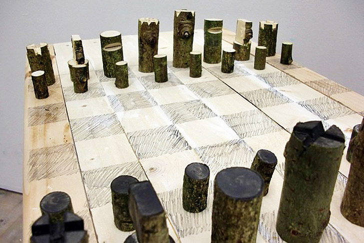 Peter Marigold S Log Chess Set Is Made From One Branch