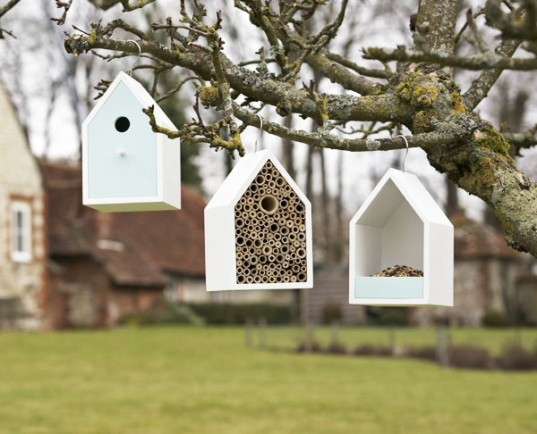 bird nesting box, sophie conran, bird houss, classic birdhouses, colorful birdhouses, bird feeders, b