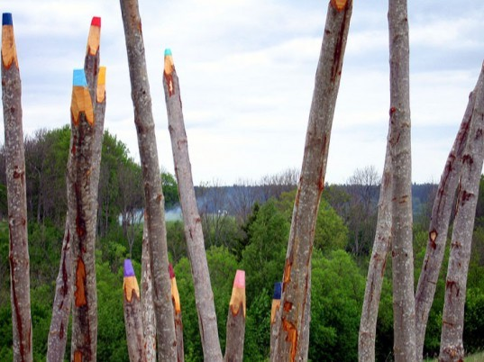 green design, eco design, sustainable design, Jonna Pohjalainen, Colour Pencils sculpture, Finnish artist, Open Air Art Museum Latvia, Environmental Art, giant pencil sculpture