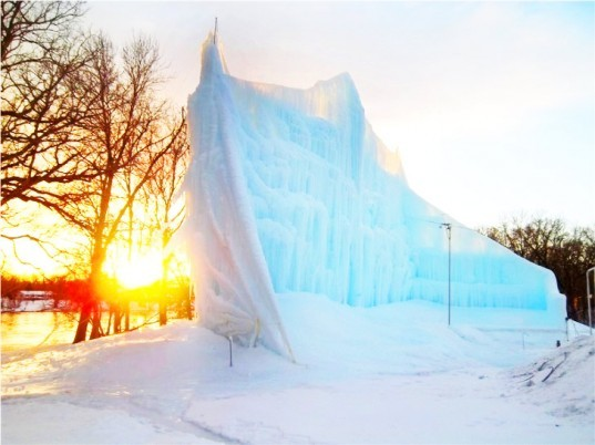 ice architecture, buildings made from ice and snow, ice buildings, snow buildings, icehotel, green design, eco design, sustainable design, ice castle