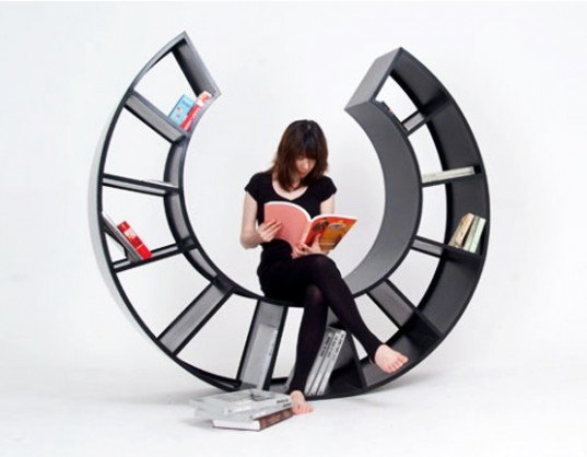 the motion, kamkam, Hyunjin Seo, bookshelf chair, bookcase chair, bookshelf rocking chair, green furniture, green design, sustainable design, green library, library, books, transforming furniture, multi-use furniture, green chair, green bookshelf, two in one design, space-saving design