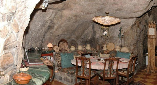 Underground Cave Home. IRAN S CAVE HOMES 6 Awesome Caves to Call Home  Inhabitat Green Design
