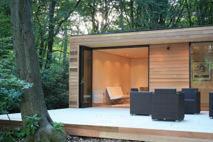 in it studios 39 prefab garden house is a modern small space. Black Bedroom Furniture Sets. Home Design Ideas