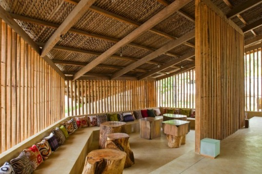 LAM Cafe, A21 Studio, cafe, louvers, vietnam, green design, eco cafe,
