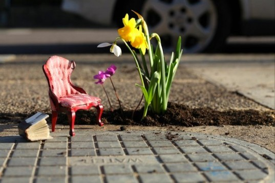 Steve Wheen, The Pothole Gardener, East London, art, environmental art, urban gardening, urban design, green design, sustainable design, guerrilla gardening, eco design, England,