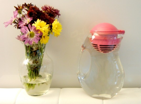 bobble, Bobble Bottle, bobble water bottle, bobble water jug, eco design, green design, Karim Rashid, recyclable plastic, Recycled Plastic, sustainable design, water filter, water purifier, Yves Béhar, bobble jug review, bobble review, is the bobble jug good