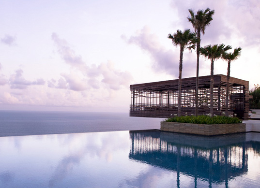 island resorts, island eco-resorts, sustainable island resorts, global island resorts, Alila Villas Uluwatu,
