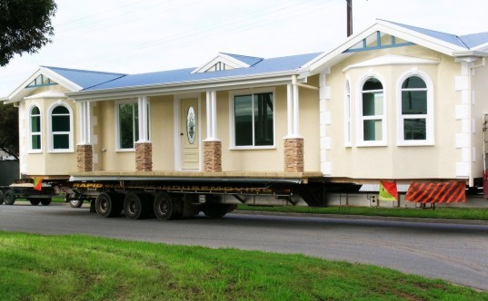 GREEN GUIDE TO PREFAB The History of the Mobile Home and Its