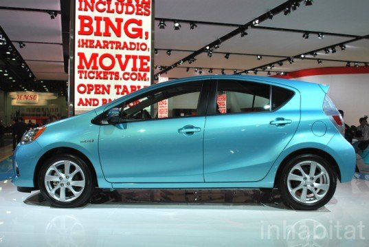 Detroit auto show, NAIAS, North American International Auto Show, Toyota, Prius c, hybrid car, hybrid vehicle, plug-in hybrid, green car, green vehicle, green automotive design, green transportation, alternative transportation