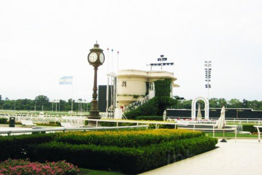 Conservation, Green renovation, Architecture, Hipodromo Argentino de Palermo, buenos aires, argentina, 17th French century style, Louis Faure-Dujarric, H.A.P.S.A, Beaux Art, horse racing track, horse racing venue
