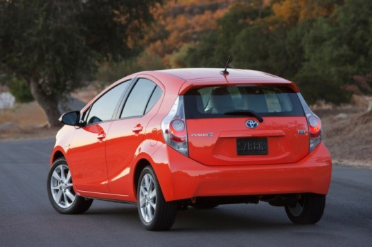 automotive, green transportation, news, hybrid cars, Toyota, Toyota Prius, electric car, green car, car, Toyota hybrid, prius, prius c, toyota prius, cars with high gas mileage