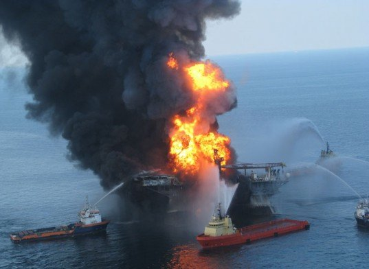 deepwater horizon, oil spill, bp trial, bp on trial, bp settlements, bp oil spill, gulf of mexico oil spill, gulf oil spill, deepwater horizon oil spill, worst oil spill in history, environmental destruction, environmental disaster