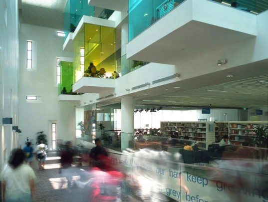 Bishan Public Library, LOOK Architects, eco library, library, pods, daylighting, singapore,