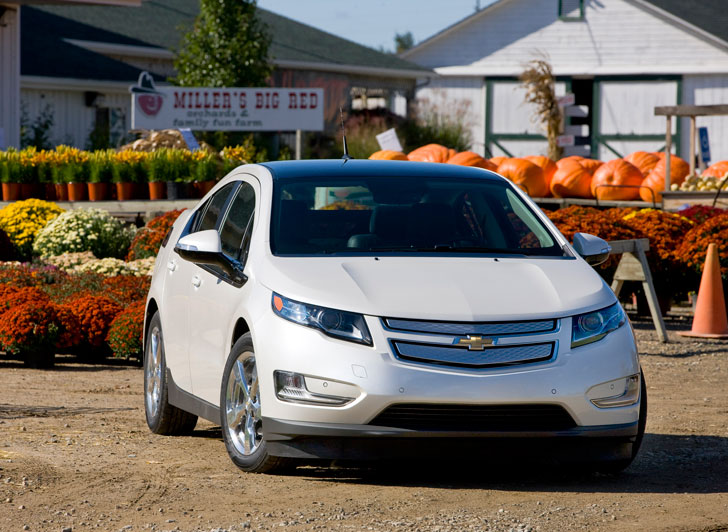 republicans criticize obama for supporting the american made chevy volt in new video inhabitat. Black Bedroom Furniture Sets. Home Design Ideas