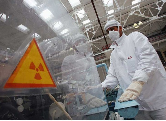 nuclear power, renewable energy, nuclear reactors, , GE Hitachi nuclear, Department of Energy and Climate Change, handling nuclear waste, nuclear waste issue, clean nuclear reactors, nuclear reactor consumes its own radioactive waste, green energy
