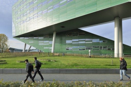 Linnaeusborg, Centre for Life Sciences, Rudy Uytenhaak Architectenbureau, green roof, groningen, eco laboratory