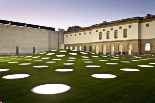 Städel Museum Renovated with a Gorgeous Green Roof Dotted With Skylights