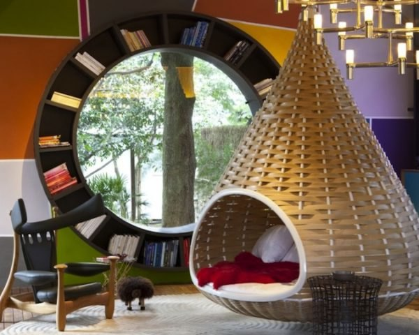 Fabio Galeazzo, brazil, hanging nest beds, nest beds, shack, Urban Cabin, Tarsila do Amaral, green design, green renovation, sustainable design, eco-design, bamboo, thermal tiles, spherical book shelf