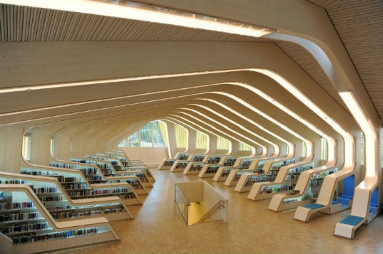 Vennesla Library, Helen and Hard, eco library, norway, prefab construction, energy efficient design, gluelam beams