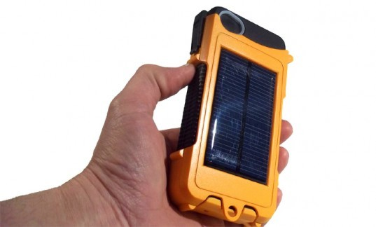 solar power, waterproof iphone case, iphone case, green iphone case, green technology, green design, snow lizard, snow lizard products, solar charged iPhone case, water resistant phone case, waterproof iphone case, solar techonoloy, green phone technology, AQUA TEK S.
