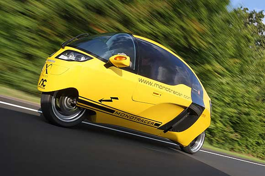 monotracer, peraves, covered motorcycle, mono tracer, electric motorcycle, electric monotracer, electric bike, ev, electric automobiles, green transportation, green cars, green motorcycles, green racing motorcycles, peraves