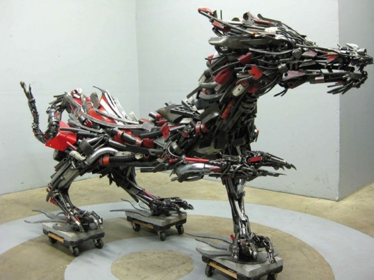 Travis Pond, Scrap Metal Art, Upcycling, Recycled Metal, Scrap Metal, Scrap Motorbikes, Motorbikes, Honda, Animal Sculptures, Sculpture Dragon, steel pond, recycled materials, eco art, green art