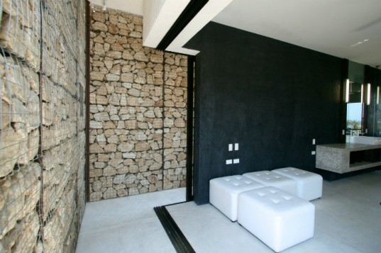 Casa Gavion, collectivo Mx, baja, mexico, gabion wall, gabion wall home, eco home,