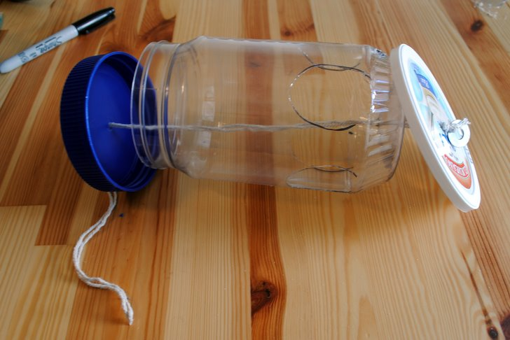 How To Make A Bird Feeder From Recycled Materials