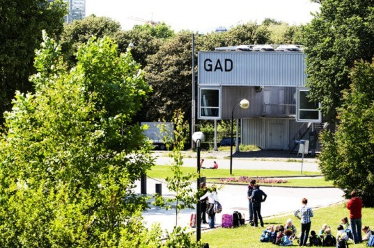 GAD, mmw architects, shipping containers, shipping container art gallery, cargotecture, art gallery, art museum, mobile museum, mobile gallery