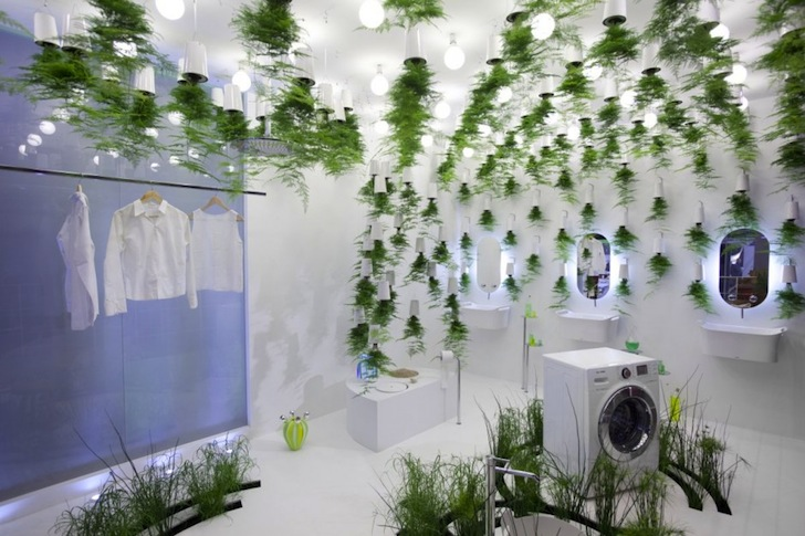 Patrick Nadeau's Green Waters Bathroom Uses Hanging Plants To Treat Stunning Plants For Bathrooms