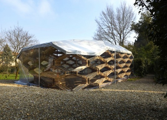 Avatar Architettura, temporary art pavilion, recycled materials, recycled wooden pallets, Germany, Villa Romana, green design, sustainable design, eco design, green materials, Florence, German Institute of Culture, Italy