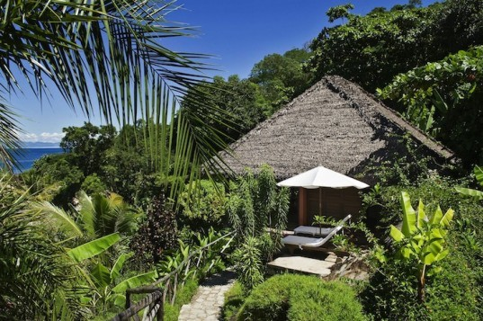 Tsara Komba, Madagascar, eco-tourism, natural materials, green building, organic gardening, constructed wetlands, Madagascar, eco-design, sustainable design, green design, eco-lodge