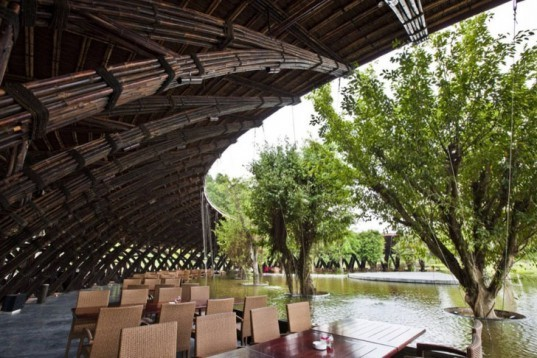 Vo Trong Nghia, Vietnam, Bamboo Wing, bamboo Restaurant, Hanoi, renewable materials, renewable Bamboo, Vinh Phuc, immersed in nature, water restaurant, strong materials, flexible materials, Architecture, Green Materials, Recycling / Compost,