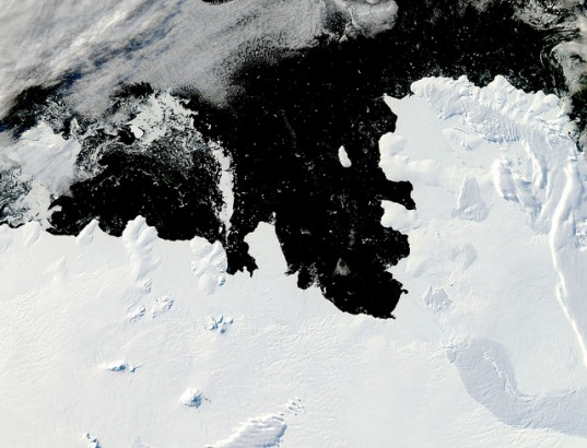 Climate Change, Video, Antarctica, Antarctica Glaciers, Antarctica Ice Cracking, Antarctica Ice Cracks, Antarctica Ice Melting, Antarctica Melting, Cracking Ice Antarctica, Ice Cracks Antarctica, Melting Ice Antarctica, Polar Ice, Polar Ice Loss, Green News